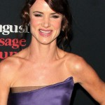 Juliette-Lewis-August-Osage-County-LA-Premiere-Red-Carpet-Monique-Lhuillier-Tom-Lorenzo-Site-7