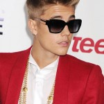 Justin-Bieber-Balmain-Believe-Premiere-Red-Carpet-Tom-Lorenzo-Site-5