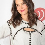Katie-Holmes-Isabel-Marant-Z100-Jingle-Ball-2013-Tom-Lorenzo-Site-7