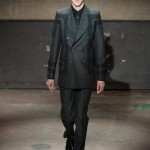 Alexander-McQueen-Fall-2014-Menswear-Collection-Slideshow-Tom-Lorenzo-Site (8)