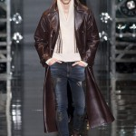 Versace-Fall-2014-Menswear-Slideshow-Tom-Lorenzo- (10)