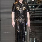 Versace-Fall-2014-Menswear-Slideshow-Tom-Lorenzo- (18)