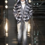Versace-Fall-2014-Menswear-Slideshow-Tom-Lorenzo- (24)