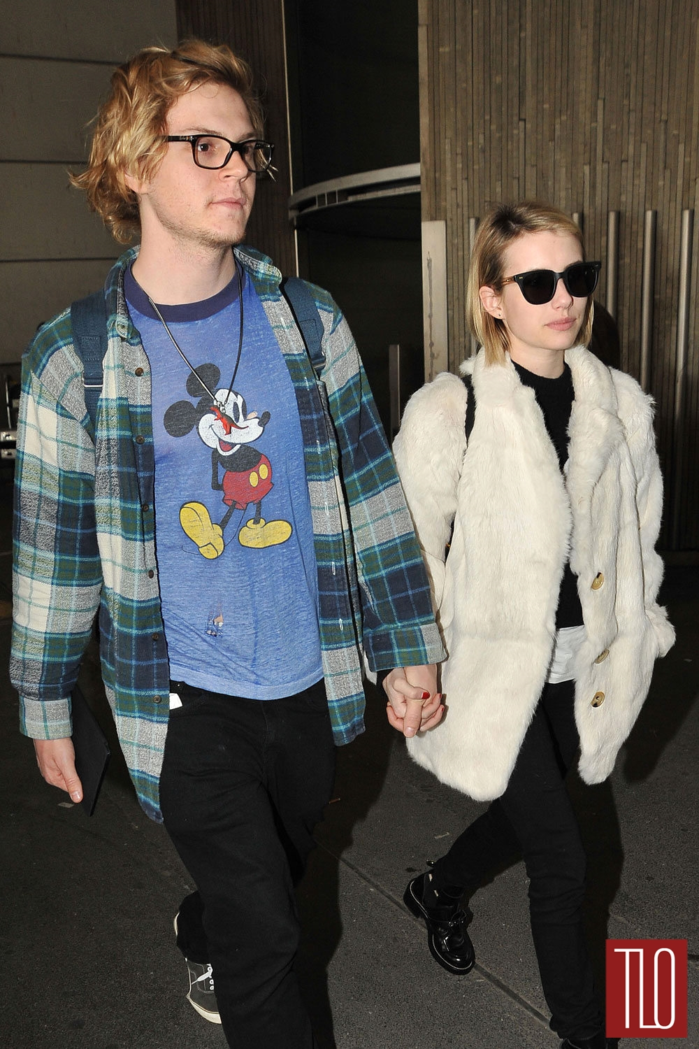 Evan-Peters-Emma-Roberts-GOTS-Paris-Tom-Lorenzo-Site-TLO (1)