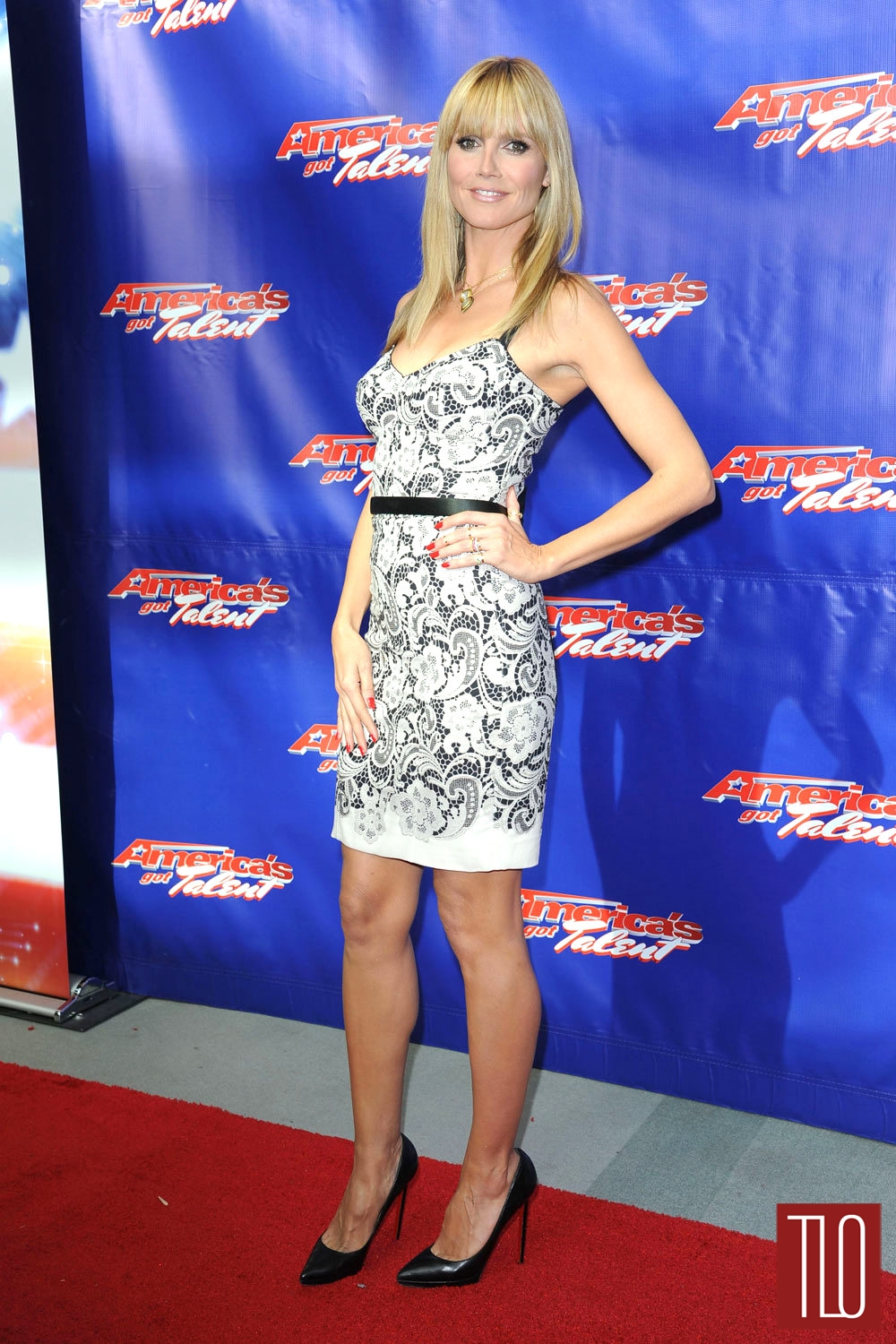 Heidi-Klum-Dolce-Gabbana-Americas-Got-Talent-S9-Photocall-Tom-Lorenzo-Site-1