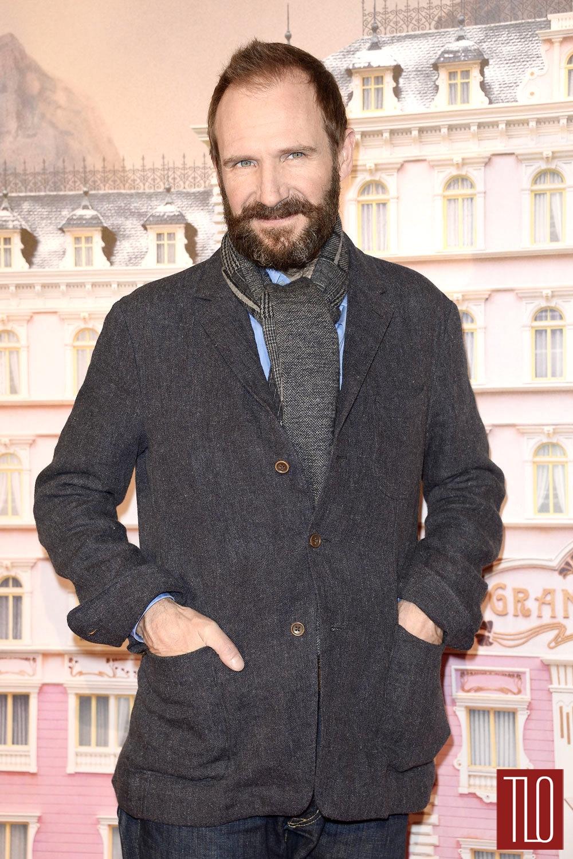Ralph-Fiennes-The-Budapest-Hotel-Paris-Premiere-Tom-Lorenzo-Site-TLO (1)