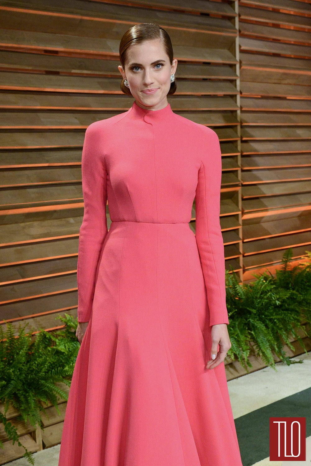 Allison-Williams-Emilia-Wickstead-Oscars-2014-Vanity-Fair-2014-Tom-Lorenzo-Site-TLO (1)