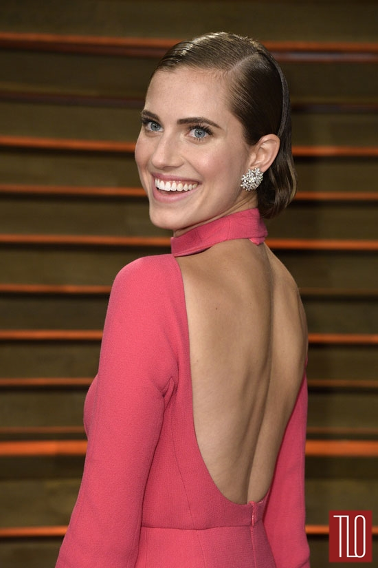 Allison-Williams-Emilia-Wickstead-Oscars-2014-Vanity-Fair-2014-Tom-Lorenzo-Site-TLO (4)
