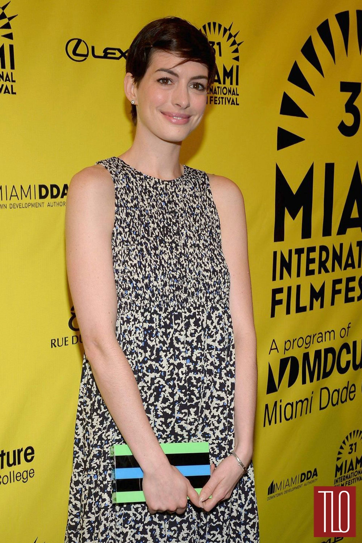 Anne-Hathaway-Elsa-Fred-Premiere-Tom-Lorenzo-Site-TLO (1)