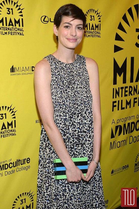Anne-Hathaway-Elsa-Fred-Premiere-Tom-Lorenzo-Site-TLO (3)
