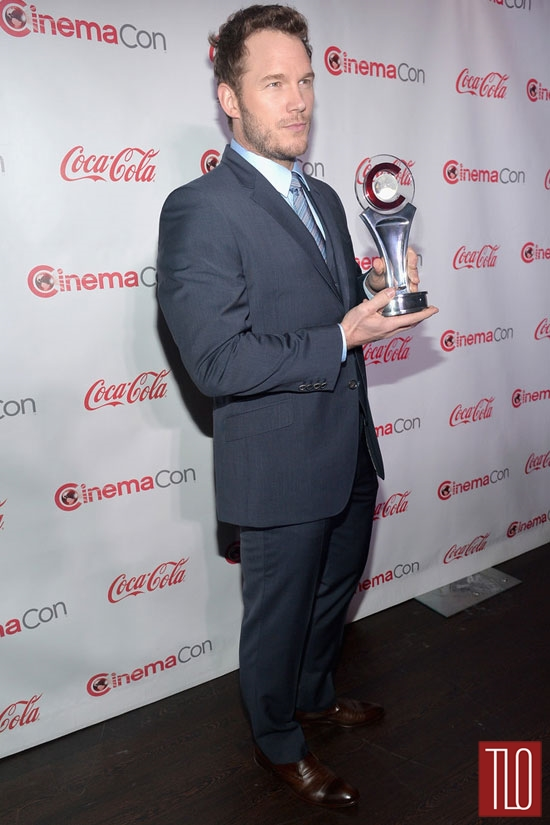 Chris-Pratt-CinemaCon-2014-Awards-Tom-Lorenzo-Site-TLO (4)