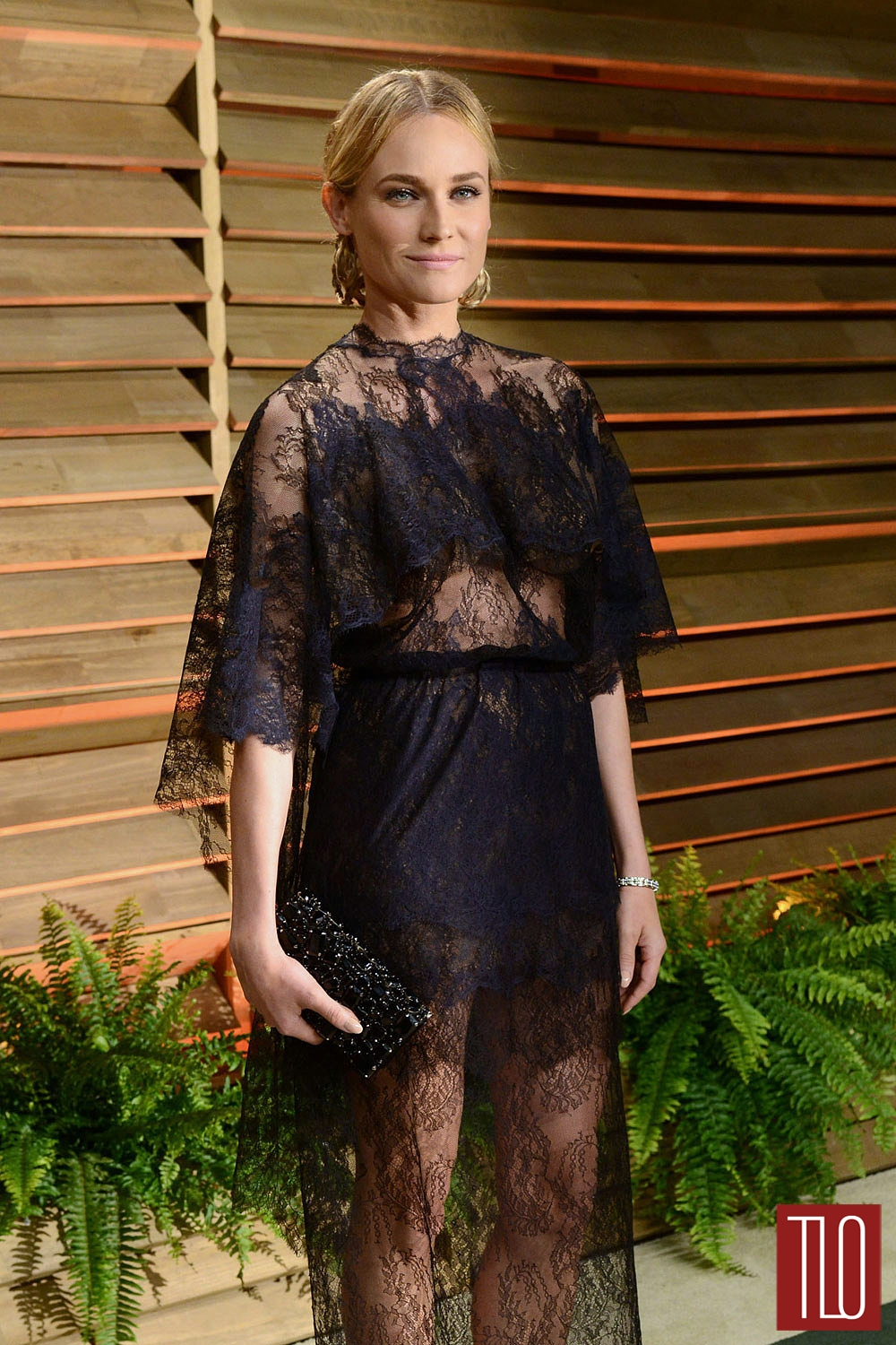 Diane-Kruger-Valentino-Couture-Oscars-2014-Vanity-Fair-Party-Tom-Lorenzo-Site-TLO (1)