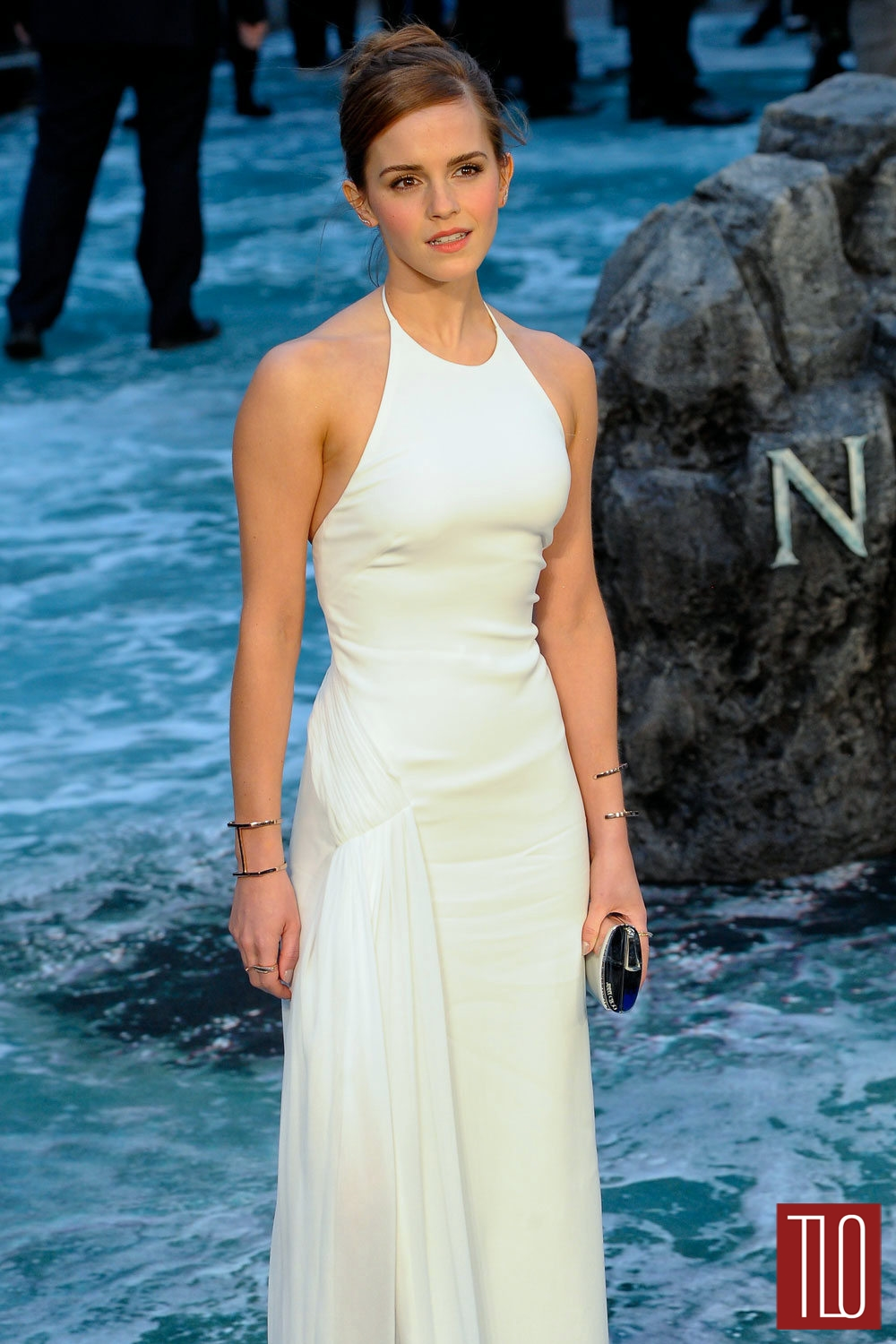 Emma-Watson-Noah-London-Premiere-Ralph-Lauren-Collection-Tom-Lorenzo-Site-TLO (1)