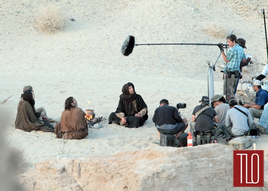 Ewan-McGregor-Last_days-Desert-Tom-Lorenzo-Site-TLO (7)