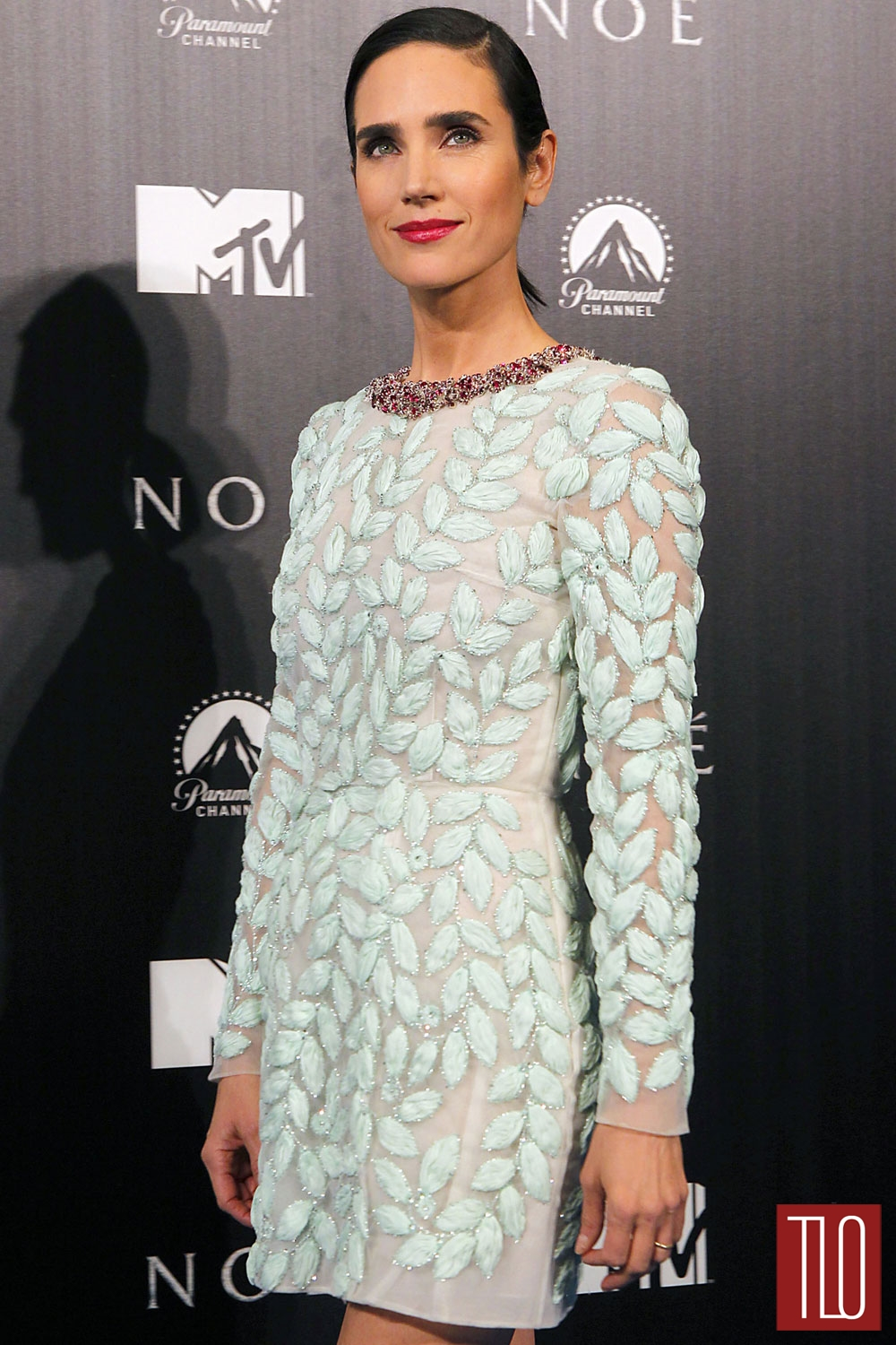 Jennifer-Connelly-Giambattista-Valli-Couture-Noah-Madrid-Premiere-Tom-Lorenzo-Site-TLO (1)