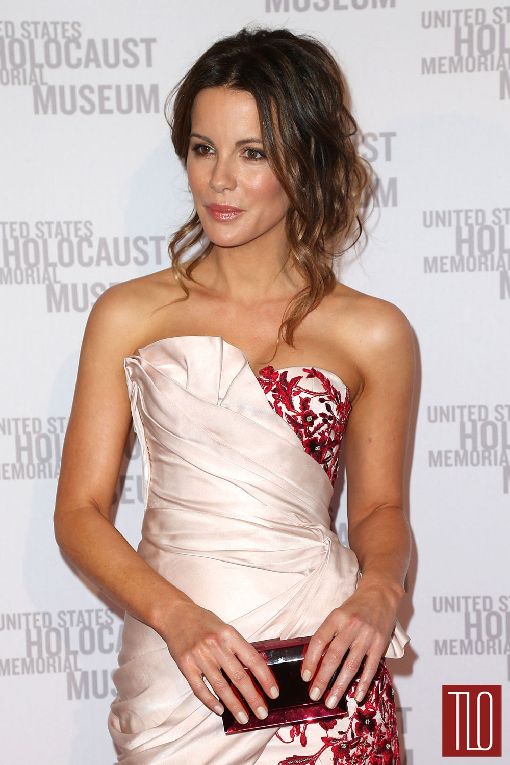 Kate-Beckinsale-Marchesa-Holocaust-Museum-What-You-Do-Matters-Event-Tom-Lorenzo-Site-TLO (1)
