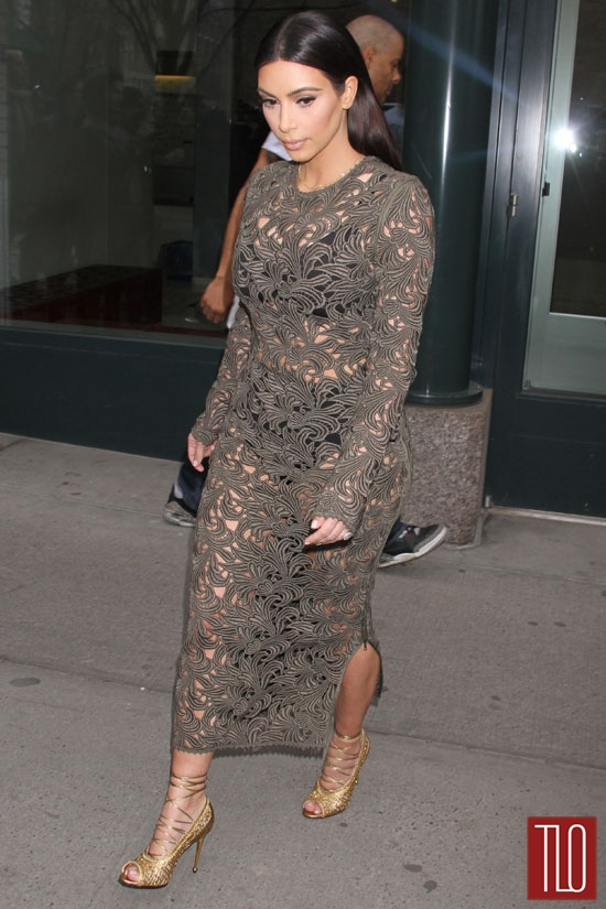 Kim-Kardashian-Rachel-Roy-Late-Night-Seth-Meyers-Tom-Lorenzo-Site-TLO (5)