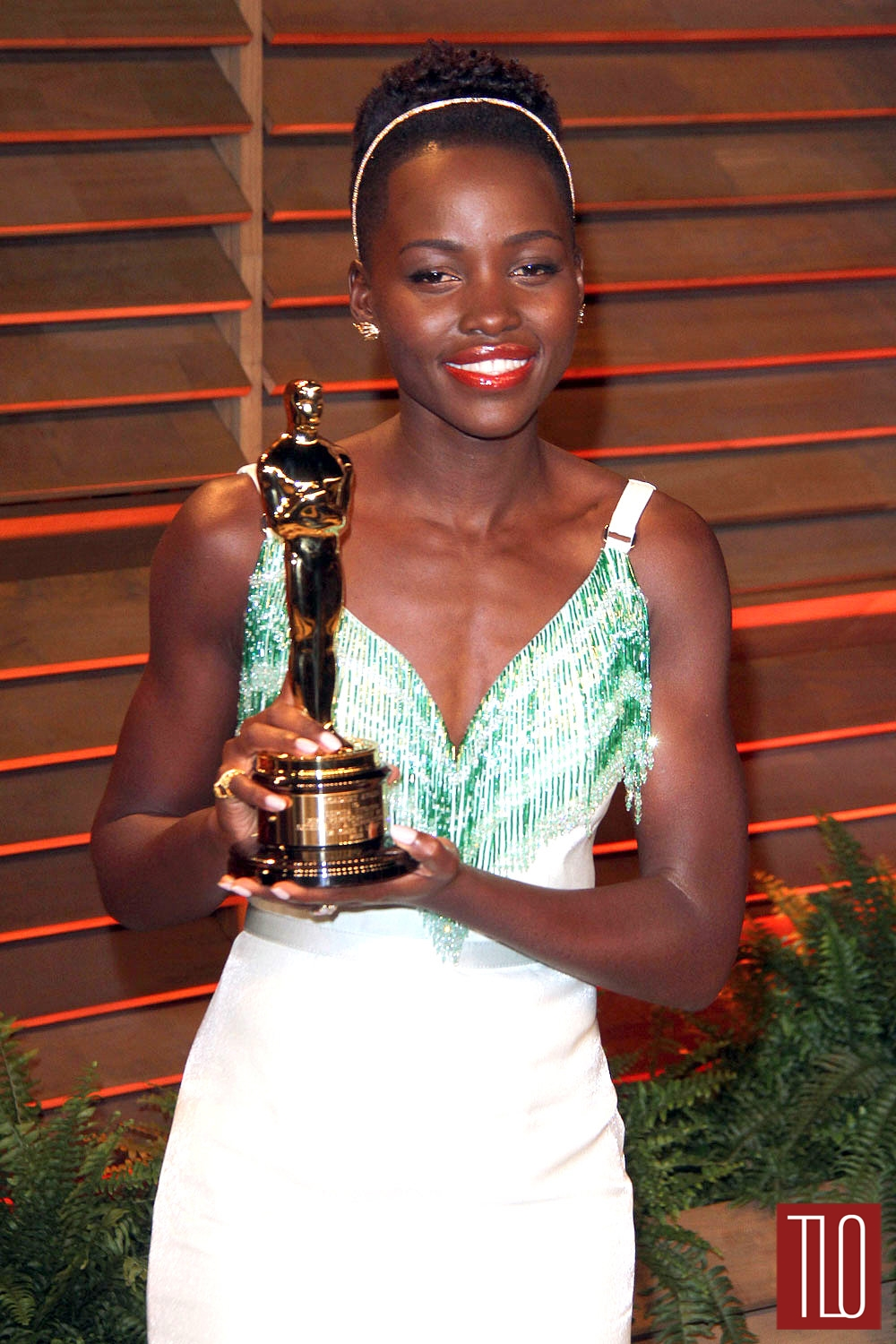 Lupita-Nyongo-Miu-Miu-Oscars-2014-Vanity-Fair-Party-Tom-Lorenzo-Site-TLO (1)