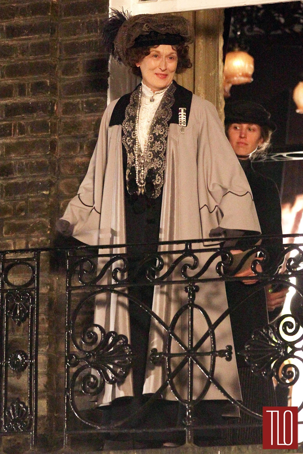 Meryl-Streep-On-Set-Suffragette-Tom-Lorenzo-Site-TLO (1)