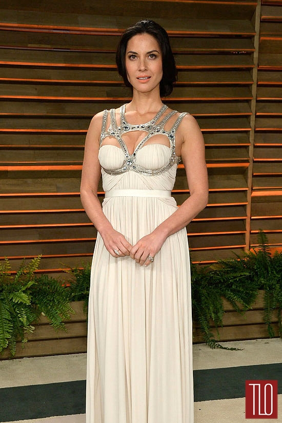 Olivia-Munn-Alexander-McQueen-Oscars-2014-Vanity-Fair-Party-Tom-Lorenzo-Site-TLO (4)