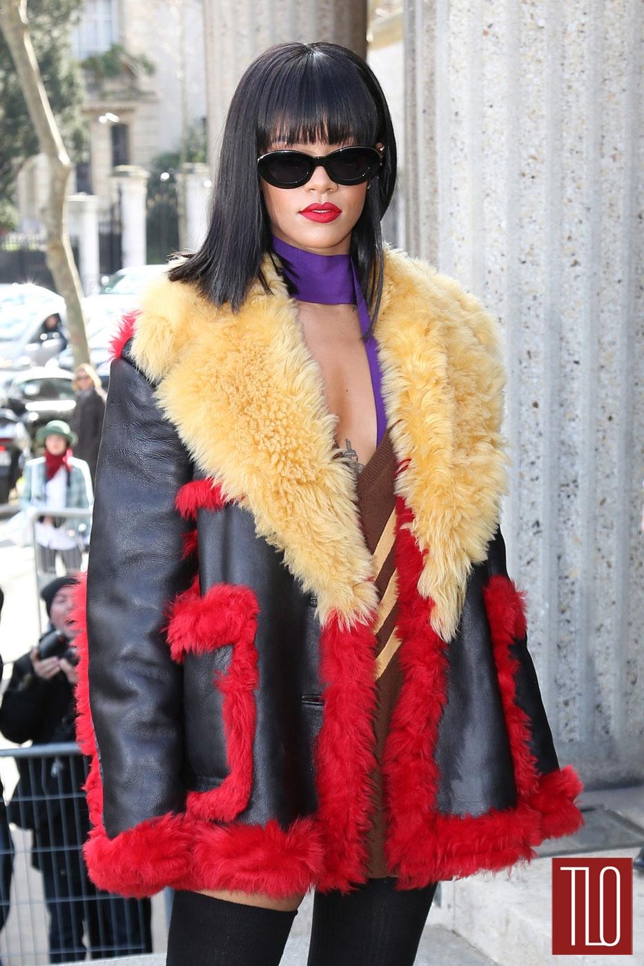 Rihanna-Miu-Miu-Fashion-Show-Prada-Tom-Lorenzo-Site-TLO (1)