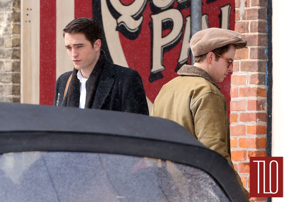 Robert-Pattinson-Dane-DeHaan-On-Set-Life-Tom-Lorenzo-Site-TLO (1B)