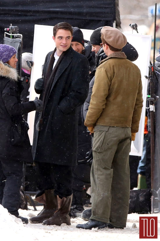 Robert-Pattinson-Dane-DeHaan-On-Set-Life-Tom-Lorenzo-Site-TLO (5)