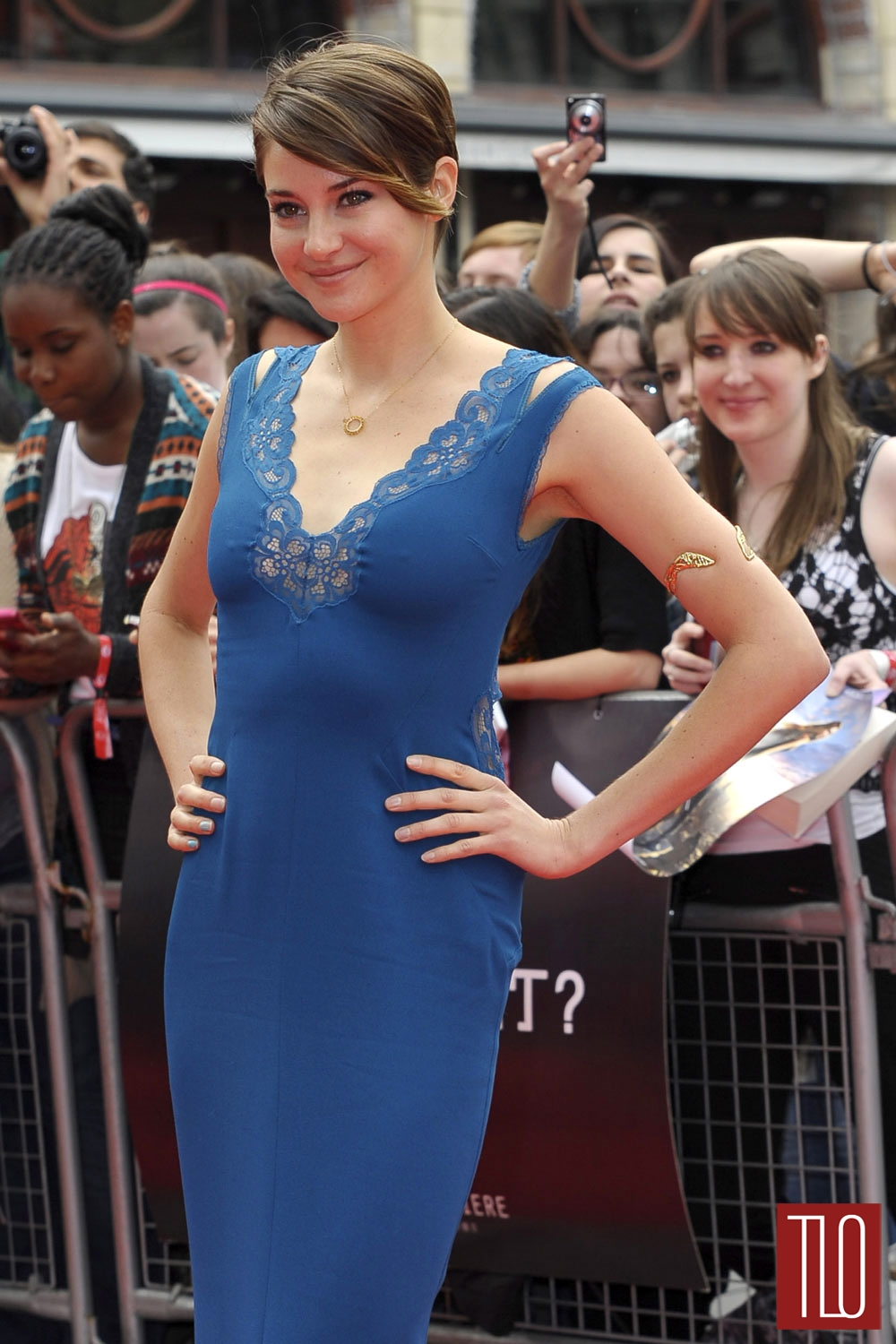 Shailene-Woodley-Divergent-London-Premiere-Stella-McCartney-Tom-Lorenzo-Site-TLO (1)