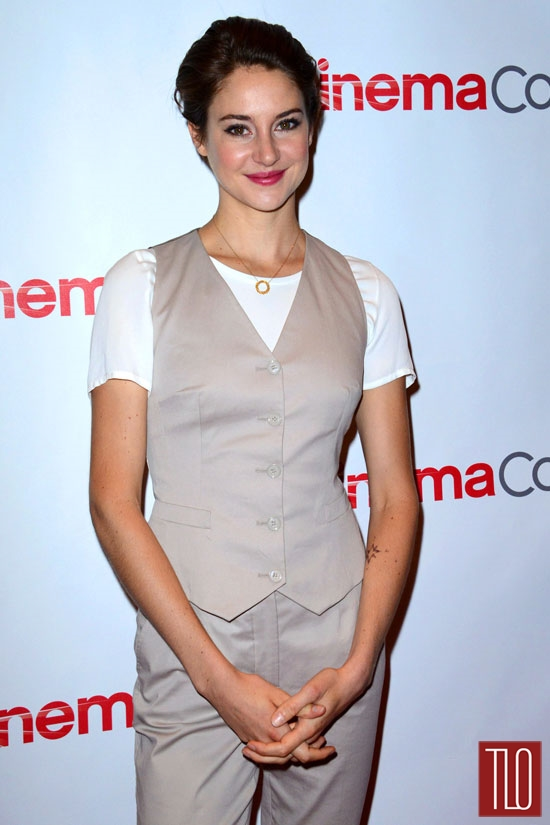 Shailene-Woodley-Dolce-Gabbana-CinemaCon-2014-Tom-Lorenzo-Site-TLO (2)
