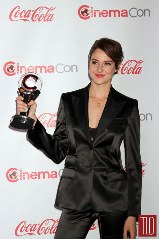 Shailene-Woodley-Dolce-Gabbana-CinemaCon-2014-Tom-Lorenzo-Site-TLO (6)